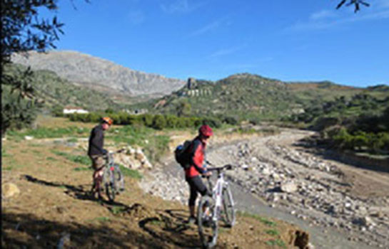 Mountain biking holidays best mountain biking routes near Malaga spain